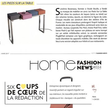 Console design connectée Plug&Pied - Mobilier design modulable et coloré Les Pieds Sur La Table, presse Home fashion news