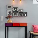 console design sur mesure décorative acier et cubes aubergine rouge orange Pied Estal mobilier Les Pieds Sur La Table réalisation maison
