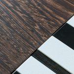 Détail du wengué brossé. Console origami design au motif noir-et-blanc-bois-massif-wengue-brosse-caoutchouc-noir-pied-en-acier-Console-Drapeau-Design-Sandrine-Reverseau.