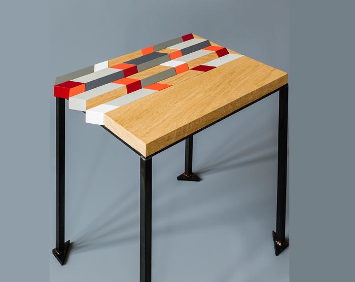 Table basse bois chêne motif Origami et en couleurs Collection Meubles Les Pieds Sur La Table