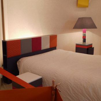 tête de lit avec rangements Drap-Pied Mobilier Les Pieds Sur La Table