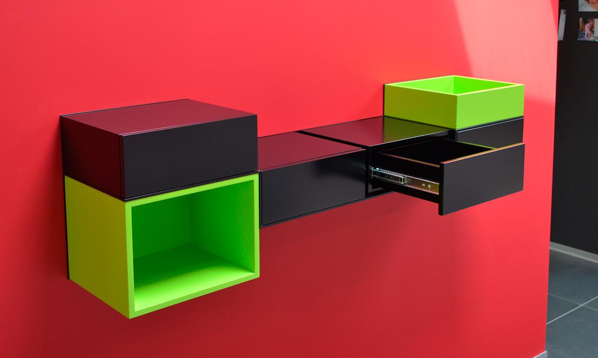 bureau console murale sur mesure Pas-Pied, réalisation client particulier noir et vert pistache, mobilier Les Pieds Sur La Table-sliderEN
