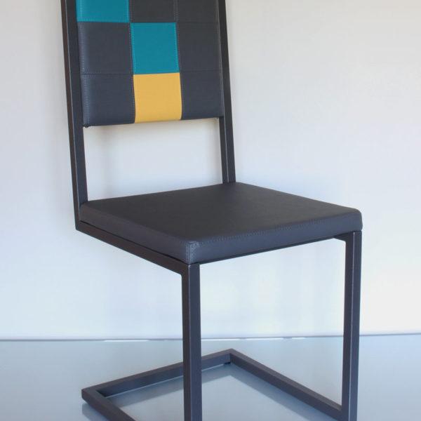 chaise de bureau design moderne dossier haut Pied-Tine dossier en damier par Les Pieds Sur la Table détouré