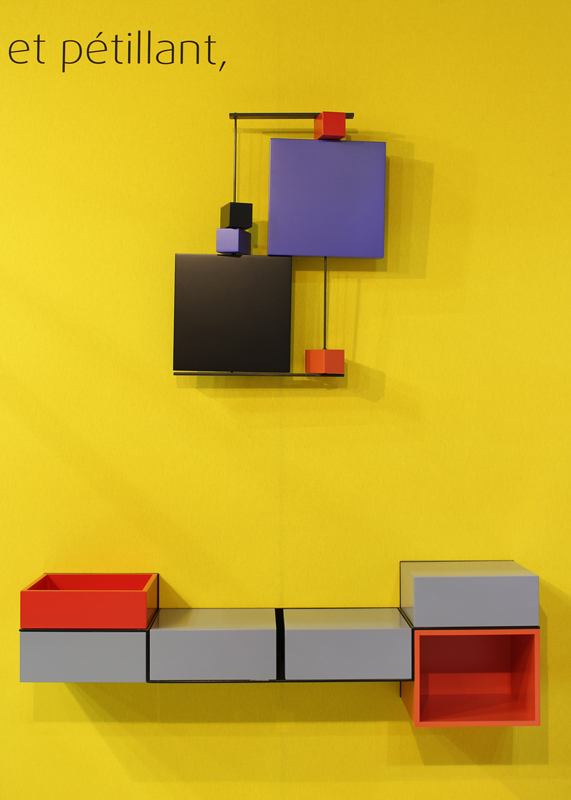 bureau console mural pas pied mobilier les pieds sur la table. Black Bedroom Furniture Sets. Home Design Ideas