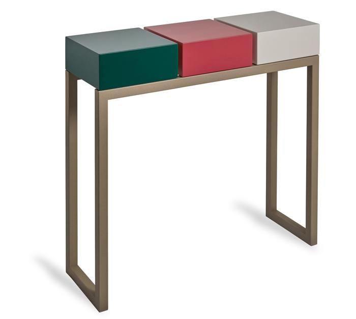 console design Plug&Pied couleurs vert paon, rouge géranium, beige Parchemin. Pied acier beige doré. Meubles Les Pieds Sur La Table