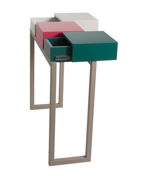 console design Plug&Pied couleurs vert paon, rouge géranium, beige Parchemin. Pied acier beige doré. Meubles Les Pieds Sur La Table. Vue profil