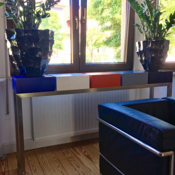 console design sur mesure Pied-Estal réalisée pour une maison particulière Mobilier Les Pieds Sur La Table