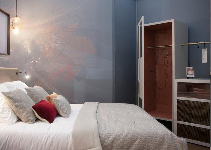 mobilier chambre hotel prototype dressing placard Chambre 306 mobilier Les Pieds Sur La Table