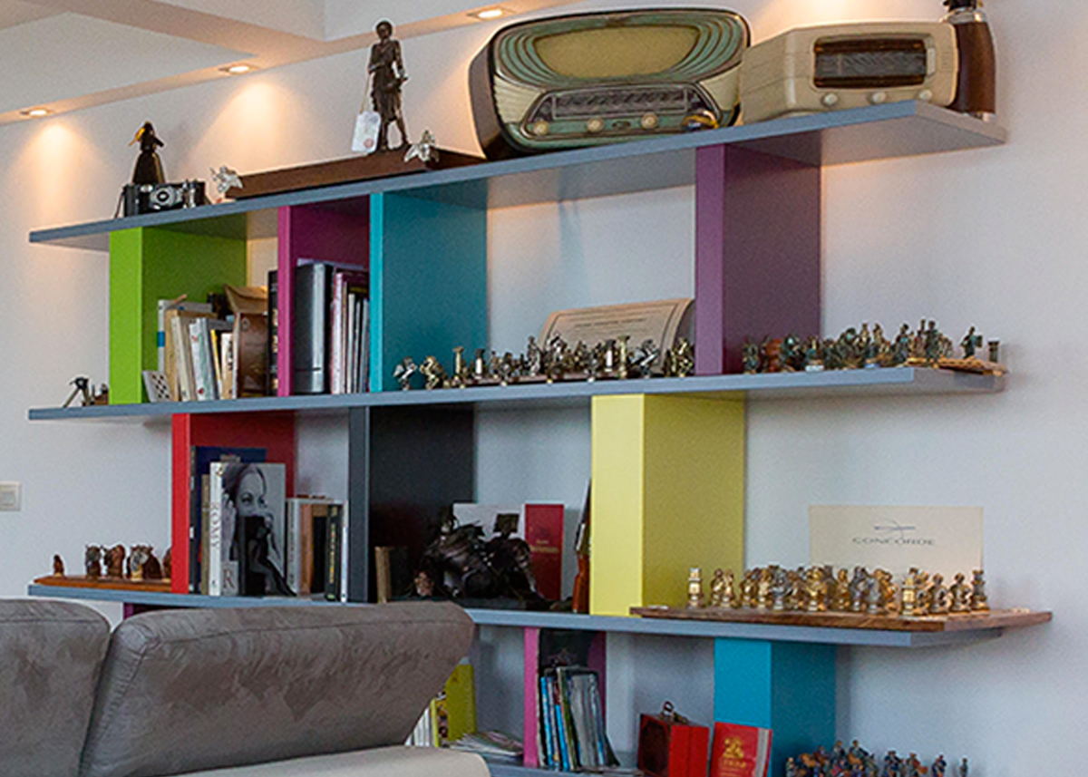 étagère design sur mesure modulable en couleurs Tu-Lis-Pied Mobilier design modulable sur mesure et coloré Les Pieds Sur La Table, fabrication sur mesure appartement Paris détail