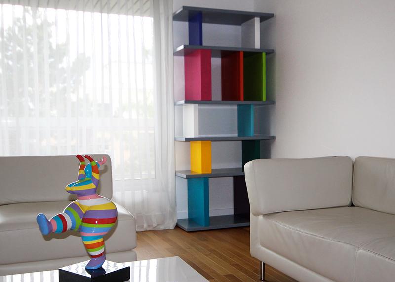 étagère design sur-mesure modulable en couleurs Pied-Mont- Mobilier design modulable sur mesure et coloré Les Pieds Sur La Table, fabrication sur mesure appartement Neuilly sur Seine