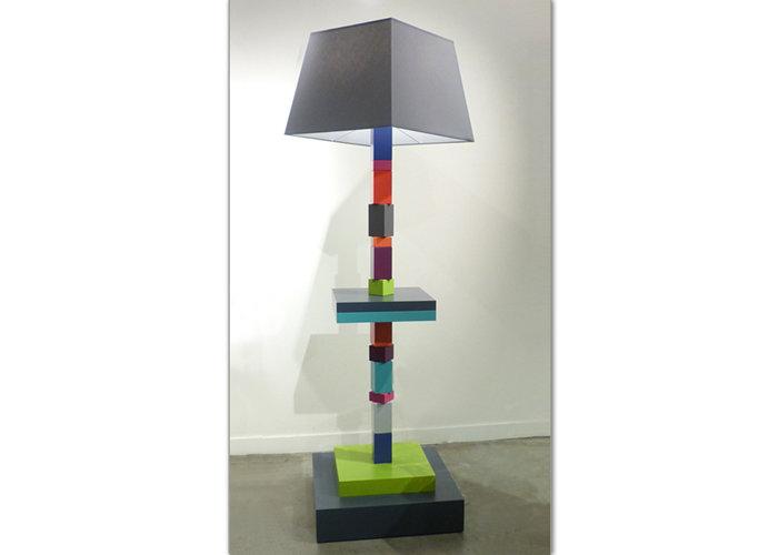 lampadaire graphique cubes en couleurs multicolore Pied-Jeu mobilier Les Pieds Sur La Table modèle original