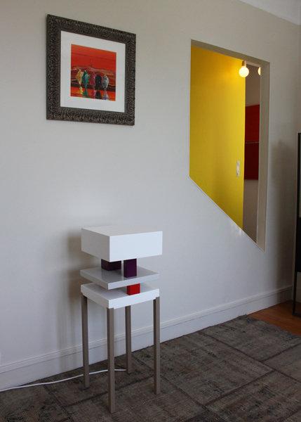console design graphique acier et cubes laqués Pied de-Grue mobilier Les Pieds Sur La Table réalisation maison