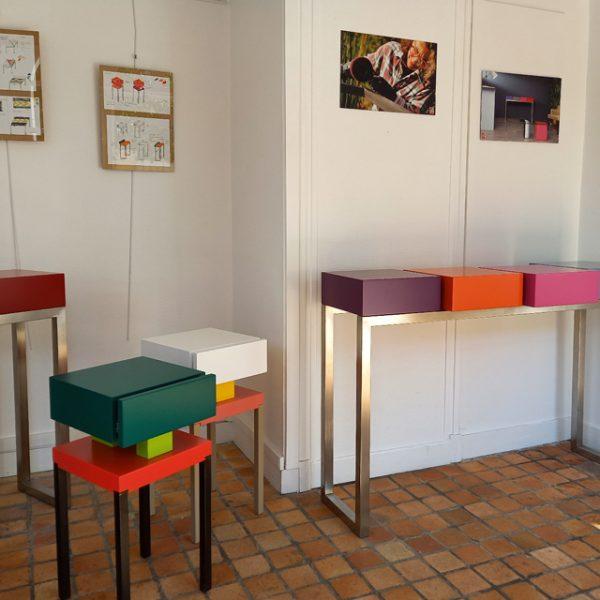 Vente meubles contemporains Les Pieds Sur La Table à la boutique éphémère Rueil-Malmaison septembre 2020 - Création de consoles modernes sur mesure
