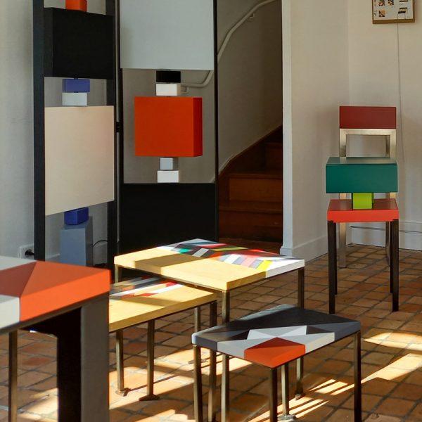 Vente meubles contemporains Les Pieds Sur La Table à la boutique éphémère Rueil-Malmaison septembre 2020 - Création de meubles Collection Origami en marqueterie