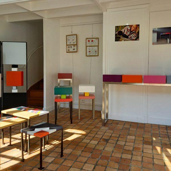 Vente meubles contemporains Les Pieds Sur La Table à la boutique éphémère Rueil-Malmaison septembre 2020 - Création de petits meubles et de chevets modernes