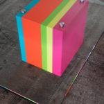 table basse laquée design en couleurs et verre rectangulaire Pied G Original mobilier modulable Les Pieds Sur La Table détail