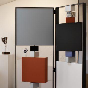paravent contemporain acier marbre avec 2 vanteaux. Modèle Tournis-Pied paravent sur mesure. Création et fabrication meubles design Les Pieds Sur La Table