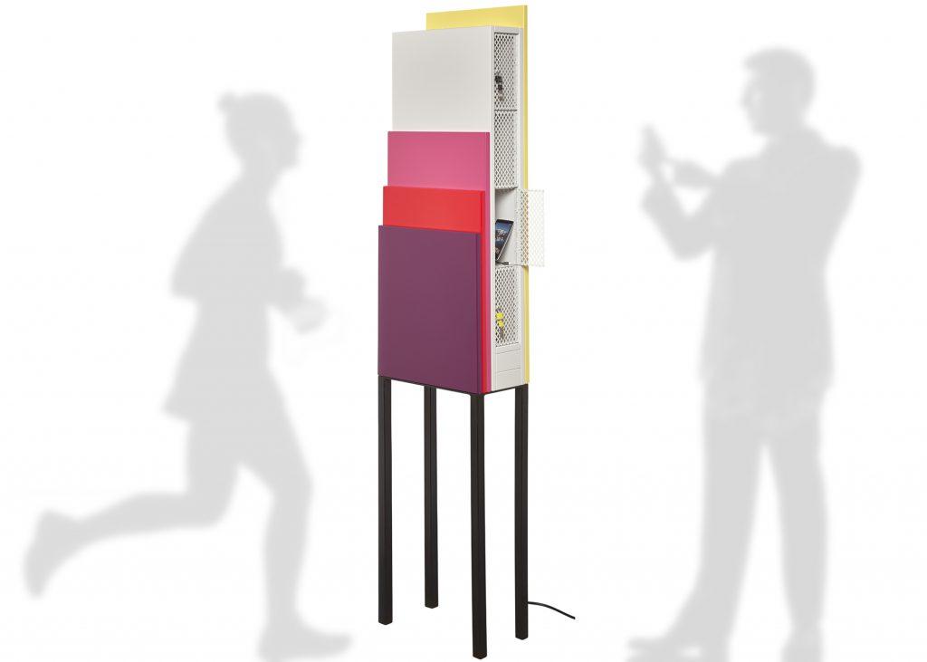 Prototype meuble design de chargement des smartphones pour entreprises et collectivités, création meuble Les Pieds Sur La Table