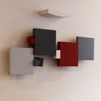 sculpture murale design sur mesure et en couleurs Pas-Pied-Peint , Mobilier Les Pieds Sur La Table pour un hall d'accueil d'entreprise détail 2