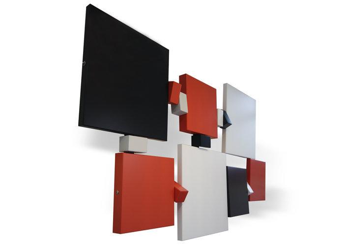 sculpture murale graphique animée horizontale noir orange L170 Pas-Pied-Peint Mobilier Les Pieds Sur La Table réalisation bureau entreprise détouré