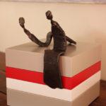 socle pour objet d'art sur mesure laque blanc Mille-Pied petit modèle mobilier Les Pieds Sur La Table