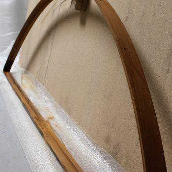 Structure de l'arche en acier patiné effet rouille, à l'atelier, Mobilier Les Pieds Sur La Table