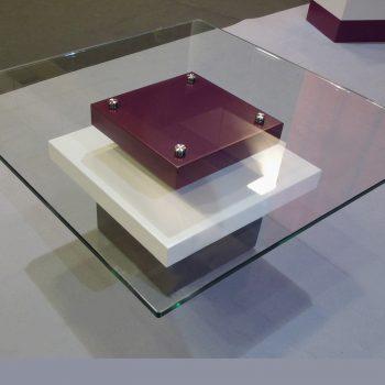 tables basses laquee en couleurs aubergine blanc et verre carre Pied G Uno mobilier modulable Les Pieds Sur La Table