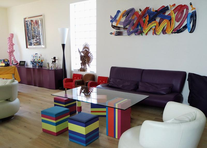 Poufs design en couleurs, petit siège d'appoint Group-Pied. Mobilier design Les Pieds Sur La Table