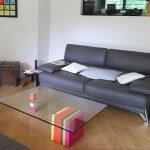 table basse laquée design en couleurs sur mesure et verre rectangulaire Pied G original mobilier modulable Les Pieds Sur La Table realisation maison