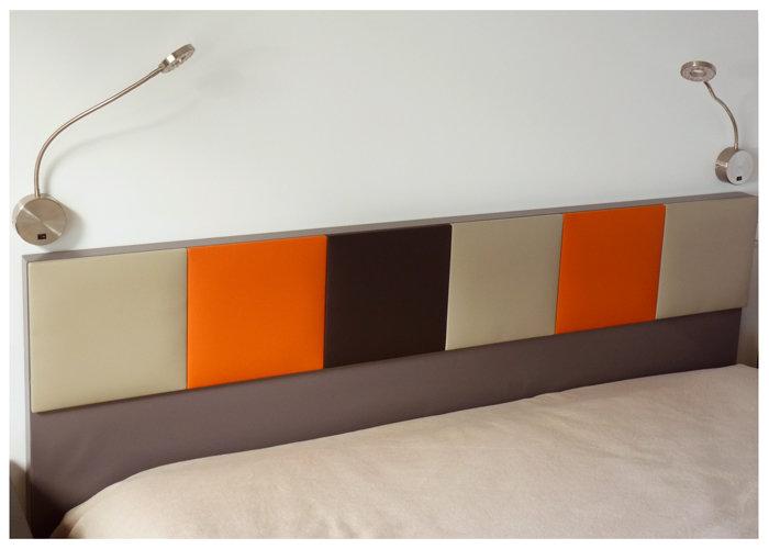 tête de lit murale sur mesure orange beige Drap-Pied mobilier Les Pieds Sur La Table réalisation maison