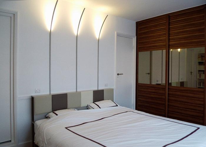 les t tes de lit avec rangements sur mesure mobilier les. Black Bedroom Furniture Sets. Home Design Ideas